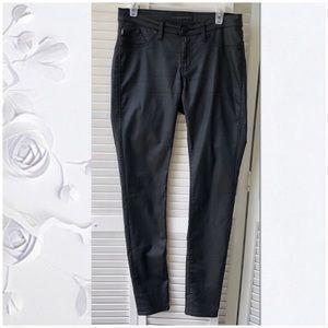 EUC Rock&Republic oil cloth skinny pants Sz 10m
